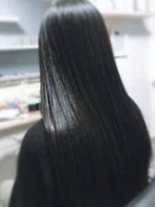 החלקות שיער לנשים -ג'ולי מורד מומחית להחלקות שיער